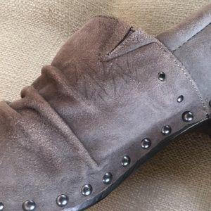 Dansko Shoes - Dansko Nori Gray Grey Suede Clogs size 38 7.5-8